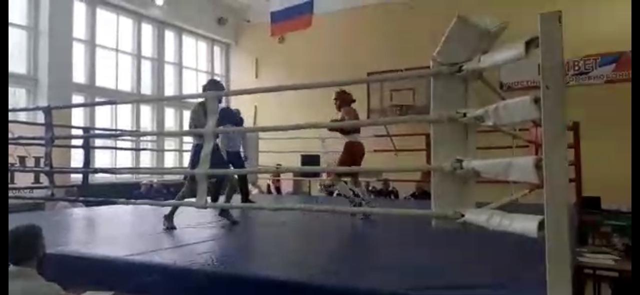 Петровские боксёры выступили на ринге областного турнира