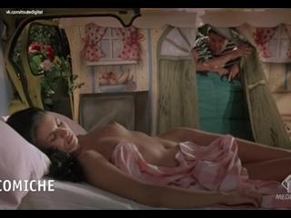 Ramona Badescu Nude - Le Nuove Comiche (IT-1994) HDTV 720p Watch Online