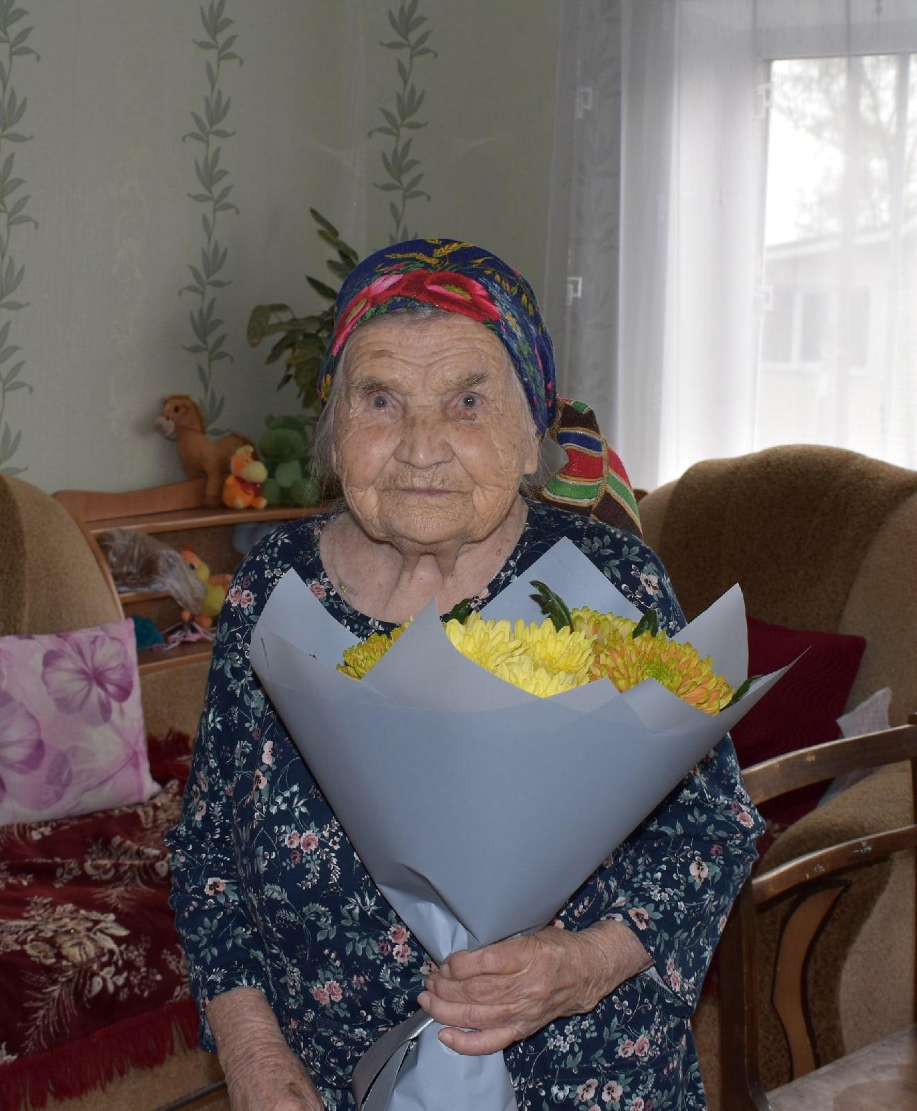 Сегодня 102 день рождения отметила зенитчица, легенда