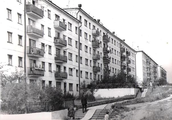 #Сызрань #Ностальгия  Монгора, ул. Комарова, 1977 ...