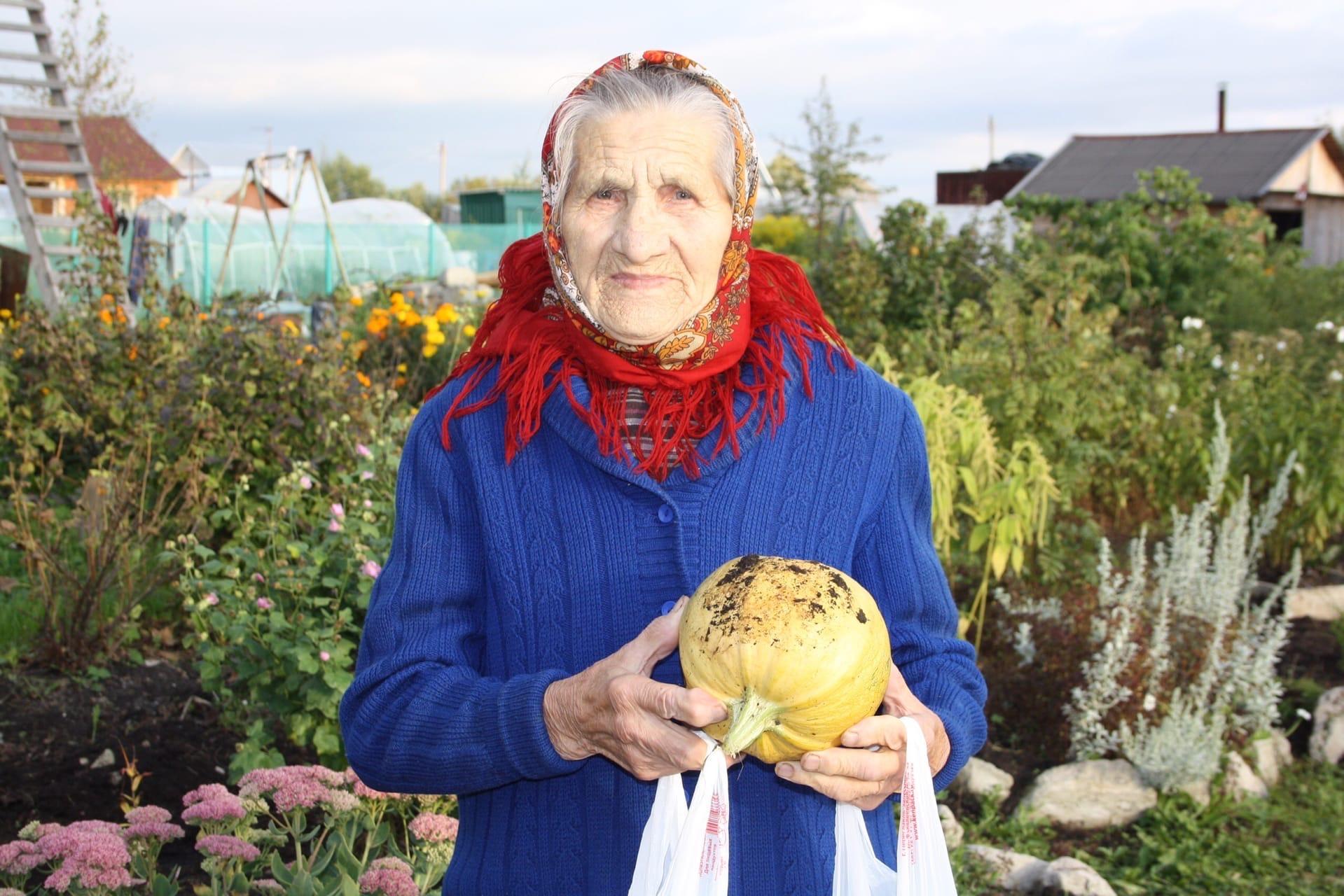 Поздравляем нашу бабушку Пичугину Нину Алексеевну с