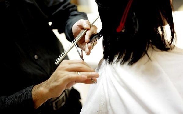 Жители Бурятии без QR-кодов смогут посещать парикмахерские и бани  В выходные дни не будут работать банкетные... [читать продолжение]