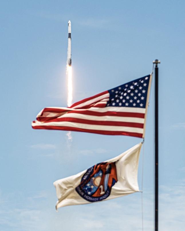 Новая дата запуска миссии SpaceX на МКС 🚀🐉🛰