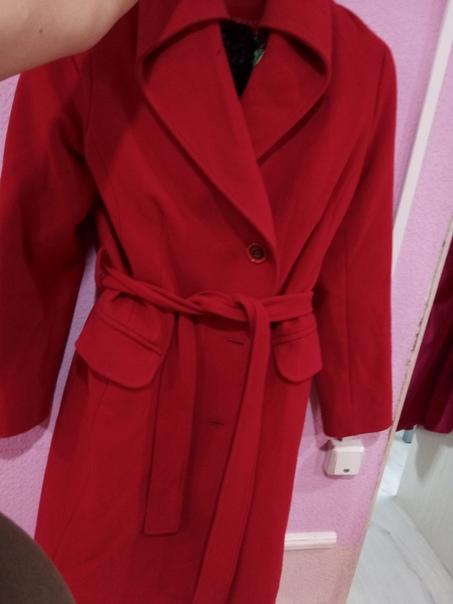 Продам р.46-48 т.89021737770 пальто 1000 руб.куртк...