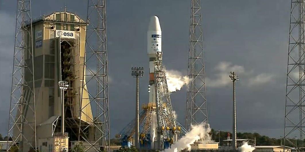 Европа и Россия готовы запустить военный/гражданский спутник для Эмиратов. NSF.
