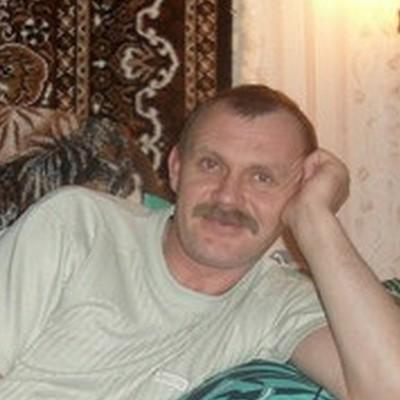 Oleg, 48, Narovchat