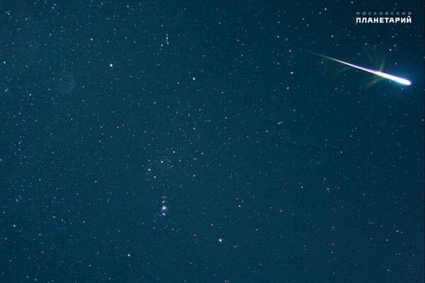 В ночь на пятницу комета Галлея подарит землянам з...