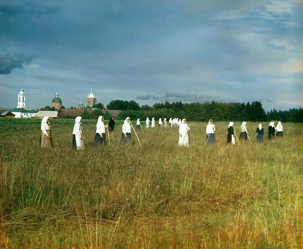 Редчайшие цветные фотографии Российской империи начала XX века N0Aylfc6Eto