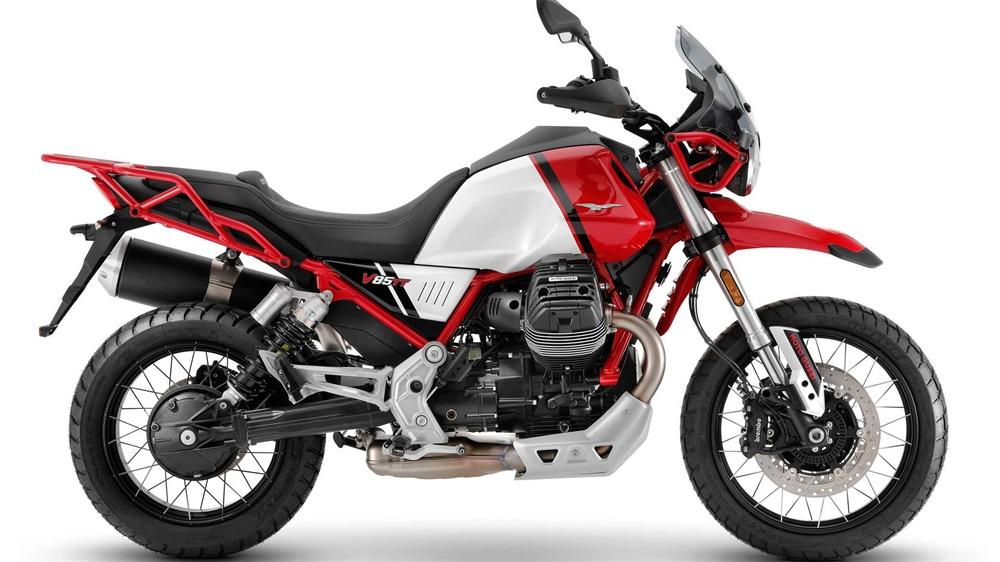 Мотоцикл Moto Guzzi V85 TT 2021 прибавил в крутящем моменте