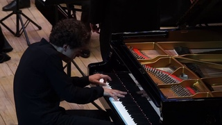 Первый фортепианный концерт Петра Ильича Чайковского - Константин Емельянов