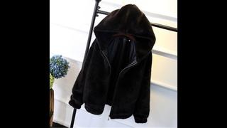 Зимнее меховое пальто женская теплая с капюшоном модная короткая обтягивающая куртка пальто из лисьего меха верхняя одежда из