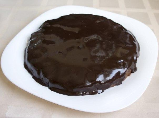 Шоколадно-творожный мягкий пирог.