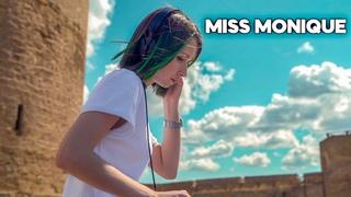 Miss Monique - Live @ Radio Intense, Ballantine's True Music [Progressive House / Melodic Techno]