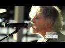 Bob Weir and The Avett Brothers Performing 'The Race is On' at 2014 Mountain Jam Festival