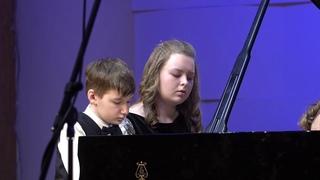Фортепианный квартет в составе: Артем Бобков, Влада Трофимова, Елизавета Мохначева, Дарья Крылова